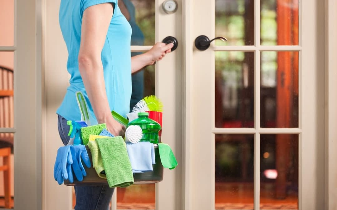 Why Should I Hire House Cleaning Service in Tampa?